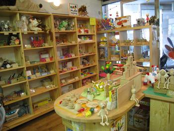 木のおもちゃ,トナカイ,出産祝い,ドイツ,輸入玩具